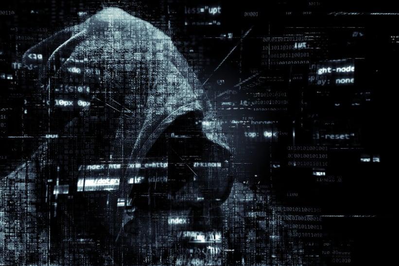 hacker-2300772_1920.jpg